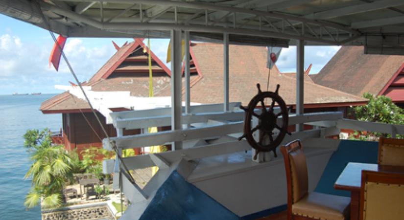 Truly Resort Pinisi Makassar